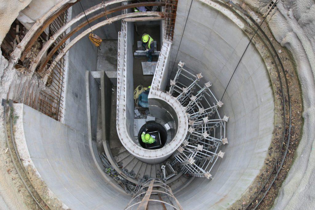 Firma Čermák a Hrachovec vytvořila unikátní tvar spadiště pro kanalizační sběrač v Libni