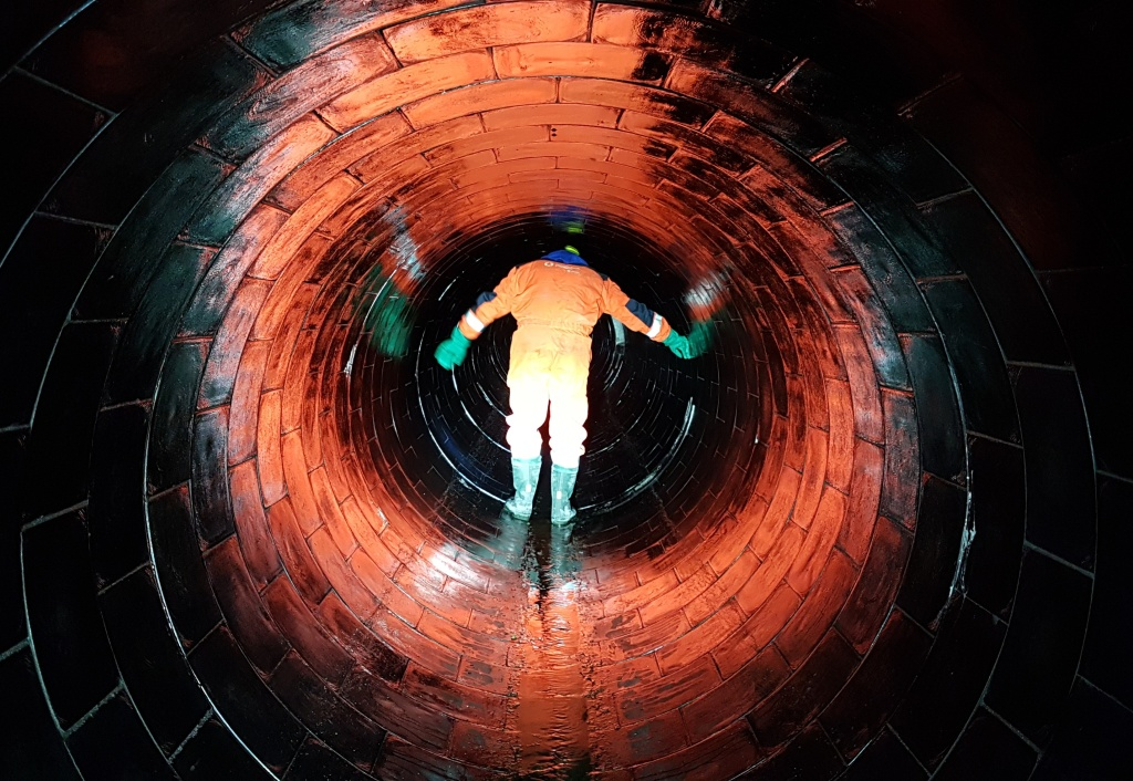 Ucelený systém výrobků pro podzemní sítě a kanalizace