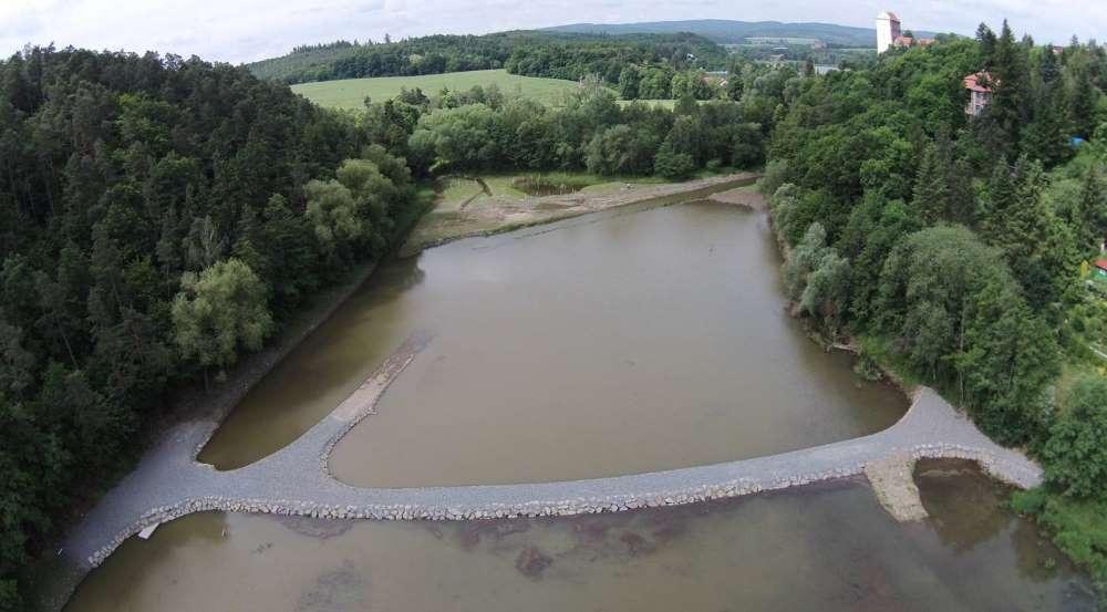 Sníženou hladinu využije Povodí Moravy k úpravám mokřadu a těžbě sedimentů