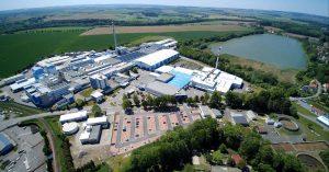 Méně odpadu na stavbách a ekologická úspora až 400 tun CO2 ročně: Litomyšlský Adfors přichází s revolucí ve výrobě perlinky