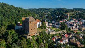 Druhý nejvzácnější zlatnický artefakt Česka bude po rekonstrukci Pluhovských domů v neprůstřelné vitríně