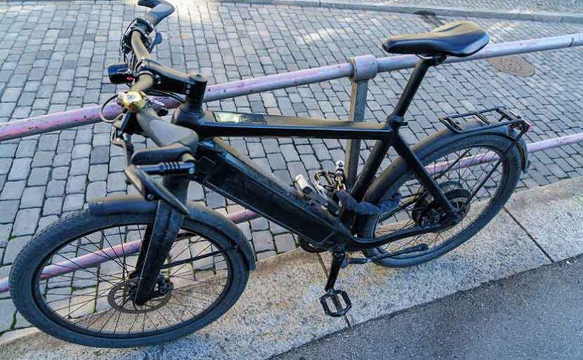Elektrokola tvoří třetinu všech zakoupených bicyklů. Roste i počet krádeží, lidé tak u kol hledají nové způsoby zabezpečení