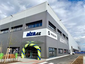 GLP a Alza.cz.cz otevřely v Praze Chrášťanech moderní logistické centrum