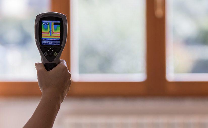 Starými okny může z domácnosti unikat až polovina tepla!