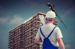 Chybějící lidi ve stavebnictví nahradí jednodušší výstavba a digitalizace